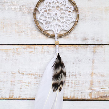 "Dreamcatcher with white doily 3"", crochet boho wedding decor, small dream catcher for kids room or nursery, unique wedding favors"