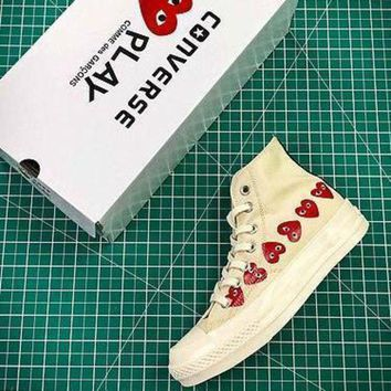 PEAP2Q CDG PLAY x Converse Chuck Taylor Material OX Addict Vibram Mid White Sneakers