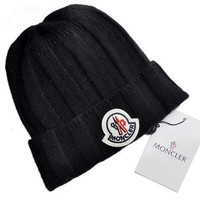 moncler style3 cable knit beanie