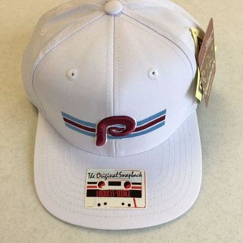 DCCKIHN AMERICAN NEEDLE PHILADELPHIA PHILLIES RETRO WHITE SNAPBACK HAT