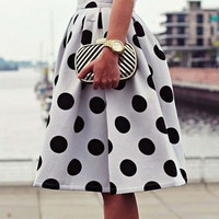 White and Black High-Waisted Polka Dot Ruffled Skirt