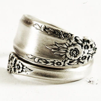 Spoon Ring Vintage Buttercup Floral Pattern of 1939 Prelude International Silver Co, Sterling Silver, Handmade & Adjustable to Size (3887)