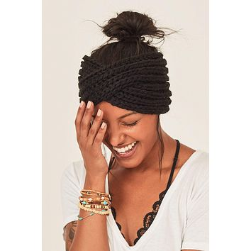 On Cloud Nine Twisted Knit Headband - Black