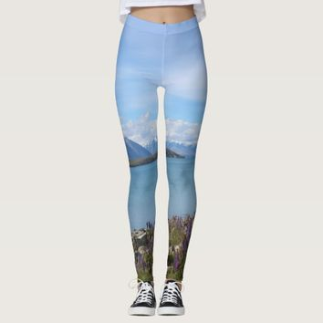 Beautiful New Zealand Lake Tekapo Leggings