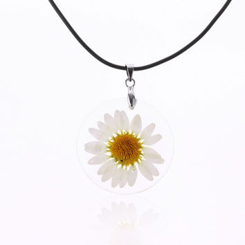 1PC 5 Colors Fashion Women Pressed Flower Daisy Super Flower Transparent Pendant Necklace