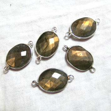 1 piece of Fine Quality Chekker Cut Faceted Golden Brown Flashy Labradorite 925 Sterling Silver Connectors