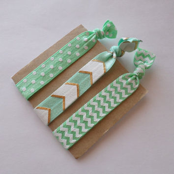 No Crease Hair Ties- Mint green print