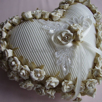 Ring Pillow, Ivory paper flowers ring pillow