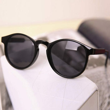 Black Celebrity Retro Sunglasses