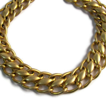 Vintage Gold Tone Metal Chain Link Choker Necklace Spring Wear