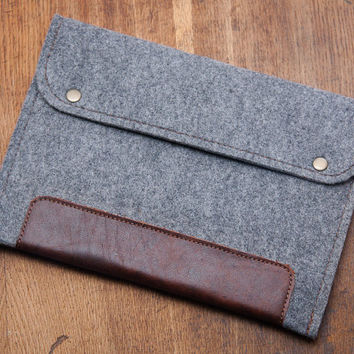 SPECIAL OFFER for iPad Air 2 case. Grey Felt iPad case with natural leather. 4mm felt protected iPad cover. Felt iPad sleeve. iPad 4 cover
