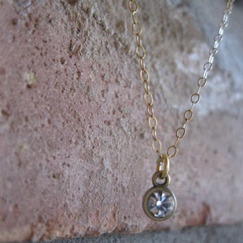 Solitaire Small dainty crystal drop brass pendant necklace