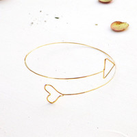 Romantic Heart and Arrow Cupid Bangle thin geometric by violetfly