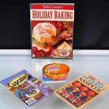 Lot Of 4 Baking Cookbooks Booklets Cookie Pudding Pie Dessert Cupcakes Muffins