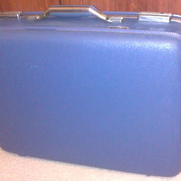 Vintage 1960s Blue American Tourist Suitcase/Luggage by Tiara