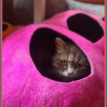 Cat Cave / cat bed - handmade felt - Pink/Grey or all Pink - size S,M or L