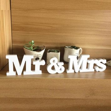 ESBONHS Mr & Mrs Home Decor Wedding Decorations Wooden Letters White Wood decoration romantic mariage Birthday Party supplies
