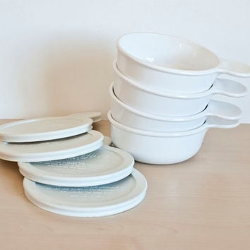 Vintage Corning White Grab It Personal Microwave and Oven Dishes with Plastic Lids (SET of 4)
