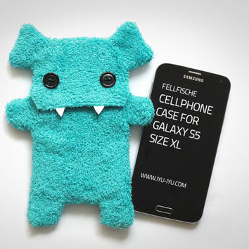Fluffy Cellphone Case for Samsung Galaxy S5 - Size XL