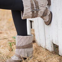 Sweater Sweat Me Buckle Boots (Taupe)