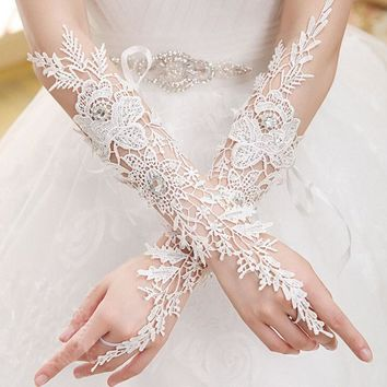 2018  Fingerless Rhinestone Lace Sequins Bridal Wedding Gloves Wedding Accessories Made in China Free Shipping
