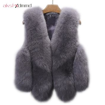 Large Size Fur Vest Autumn Winter Women 's Faux Fur Vest Waistcoat Imitation Fox Fur Short Jacket 2017 New Spring Fur Coat LH585