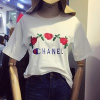 CHANEL ROSE Casual embroidered monogram T-shirt white blouse top