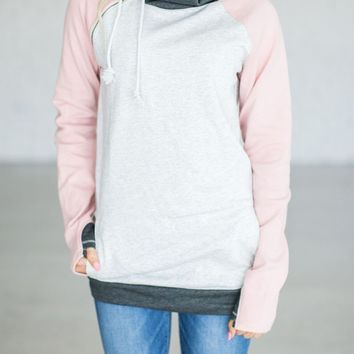 White Drawstring Pockets Cowl Neck Hooded Long Sleeve Casual Sweatshirt