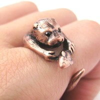 Realistic Otter Holding a Fish Shaped Animal Wrap Ring in Copper   US Sizes 4 to 9
