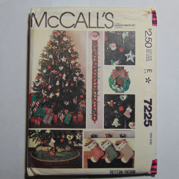McCall's Craft Sewing Pattern 7225 Christmas Tree Skirt, Stocking, Ornaments and More