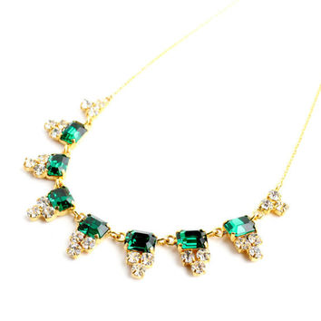 Vintage Art Deco Emerald Green Rhinestone Necklace - 1930s 1940s Gold Tone Costume Jewelry / Fourties Glam