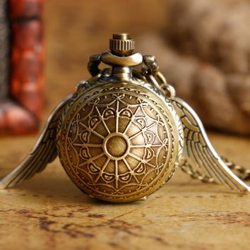 Fashion Golden Snitch Pocket Watch Stainless Steel with Necklace Chain Quartz Clock for Young People Best Gift