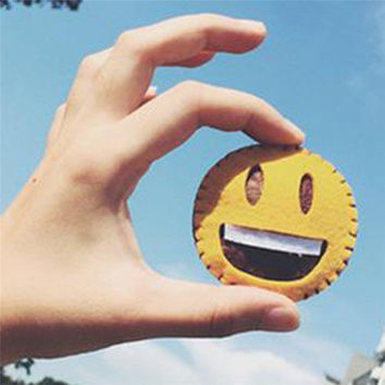 Kawaii Emoji Expression Embroidered Clothes Badge Icon Harajuku Style Cartoon Smile Brooch for Women Men