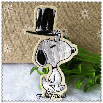Magician Snoopy and Hat Iron on Patch 278-H