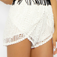 Connie Crochet Shorts - White