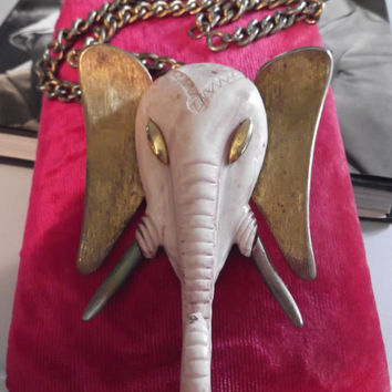Vintage 1960s 1970s Necklace Luca Luka Razza Elephant Molded Resin Unsigned Faux Ivory