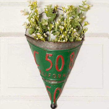 License Plate Wall Planter - SET OF 2 - *FREE SHIPPING*