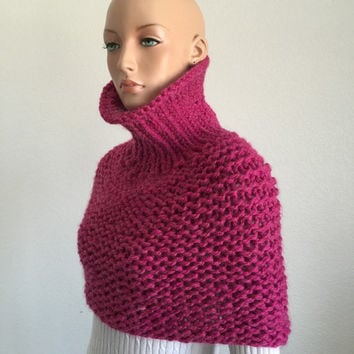 Hand Knitted Winter Cowl in Pink/ Pink Cowl/ Trending Item/ Gift Item