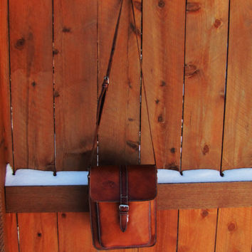 vintage distressed leather satchel. distressed western leather messenger. pony express bag