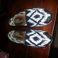Tribal pattern Custom Hand Painted Toms Shoes