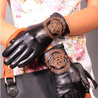 Versace women's gloves autumn and winter new high-end atmosphere fashion embroidery touch screen brand gloves