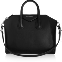 Givenchy - Medium Antigona bag in black goat leather