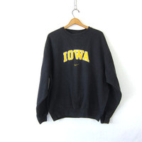 Black Nike Sweatshirt University of Iowa School Athletic Hawkeyes Sweater Slouchy Cotton College Sporty Prep Workout Top COED Size Medium