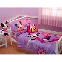 Walmart: Disney Minnie Mouse Fluttery Friends 4pc Toddler Bedding Set