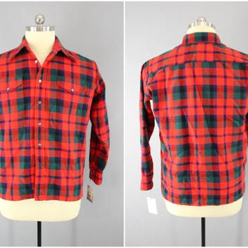 Vintage 1970s Plaid Flannel Shirt / 70s Men's Work Shirt / Red Tartan Plaid / Famous Barr / Brawny Work Shirt / Grunge Look