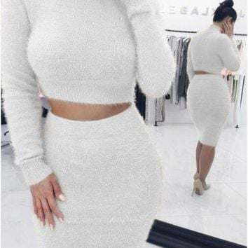 MDIG8H2 Solid Color Cropped Knitted Top and Midi Skirt