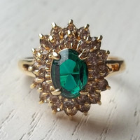 VINTAGE Emerald Green and Clear Rhinestone goldtone Ring,  Jewelry womens, girls, mothers day, antique, grandmother, gift