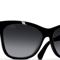 Black Square Fall Chanel Sunglasses with Polarized Grey Gradient Lenses