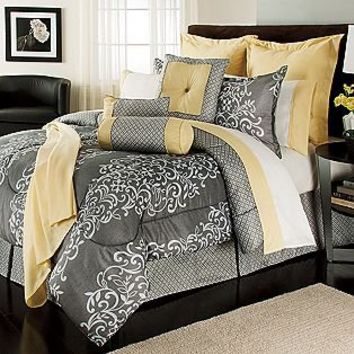 The Great Find  16 piece Comforter Set Nero Queen