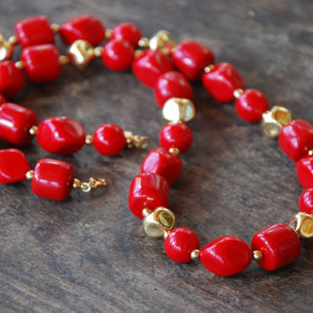 "Vintage LIZ CLAIBORNE Necklace Chunky Red Beaded Gold Tone 30"" Long Valentine's Day Statement 1980's // Vintage Designer Costume Jewelry"